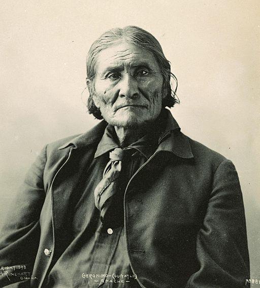 Geronimo. By Frank A. Rinehart [Public domain], via Wikimedia Commons.