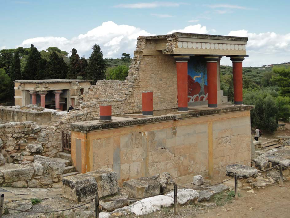 "Reconstructed North Portico at Knossos | Author: User ""Bernard Gagnon"" 