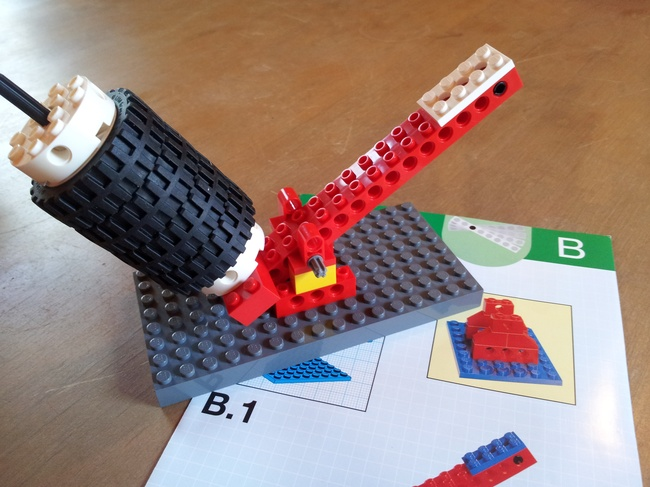 Lego Simple Mechanisms Projects Using Wedo Sets Oer Commons