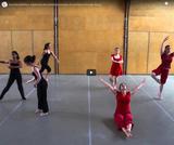 Dancing statistics: explaining the statistical concept of correlation through dance